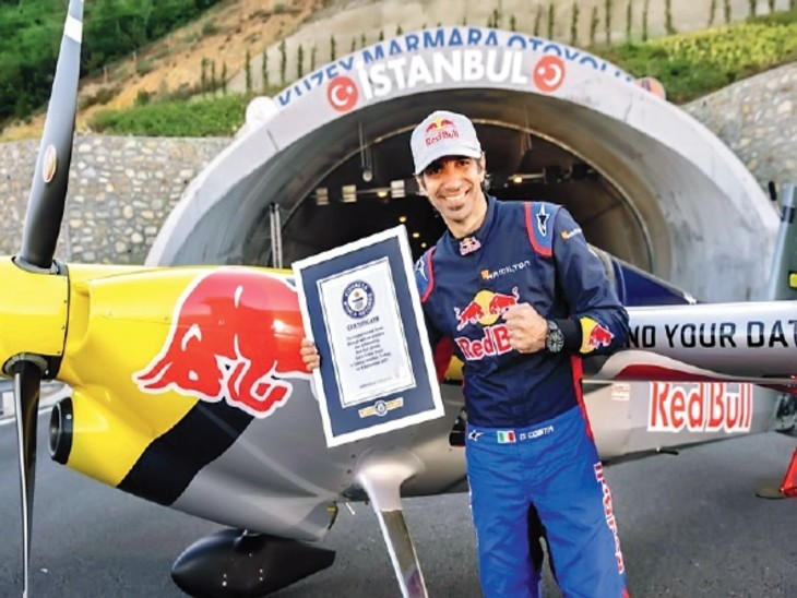 Italian pilot flew the plane at a height of 3 feet in 2 tunnels, made 5 records